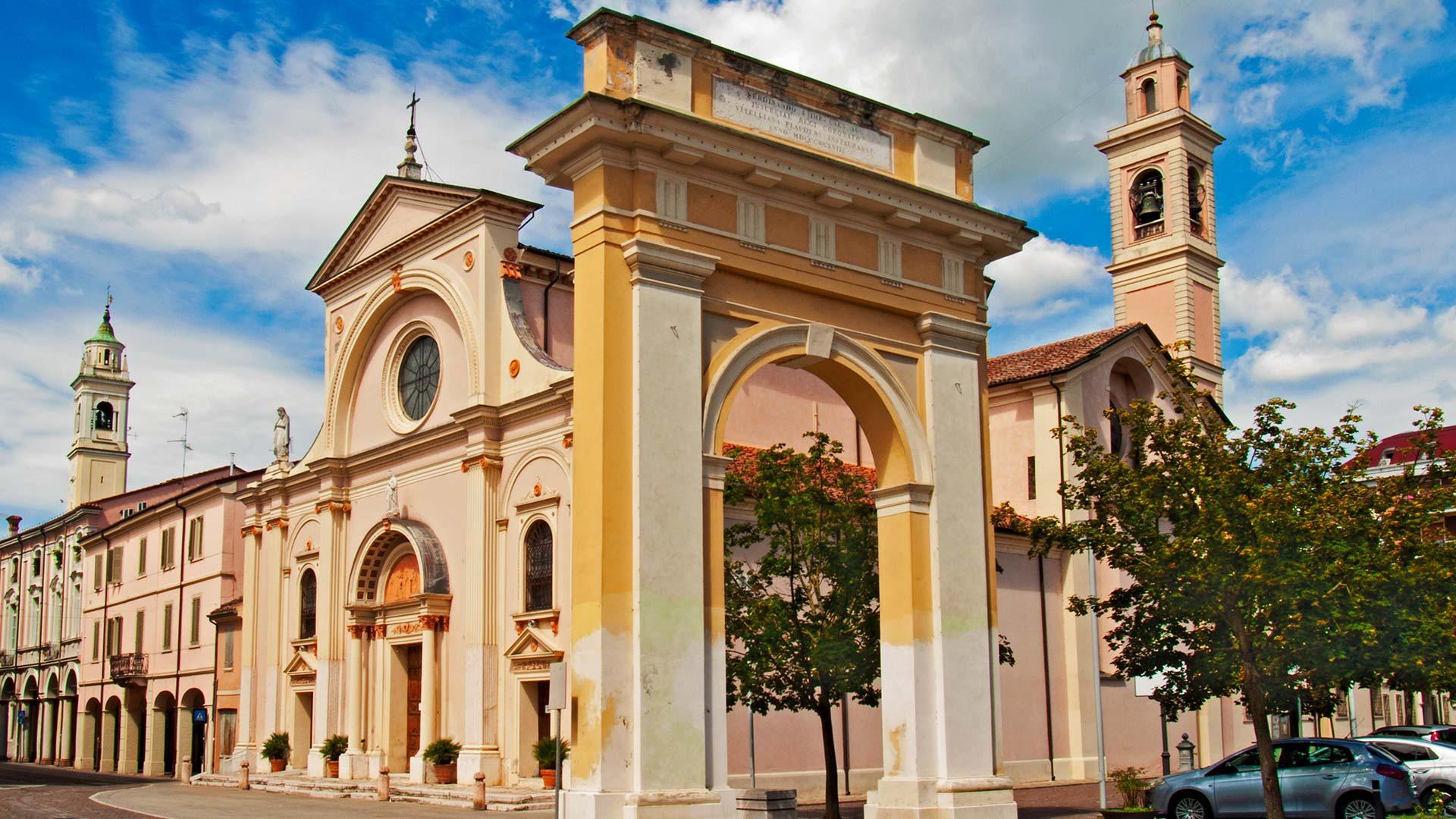 Proloco Viadana - Viadana Chiesa Santa Maria Assunta in Castello
