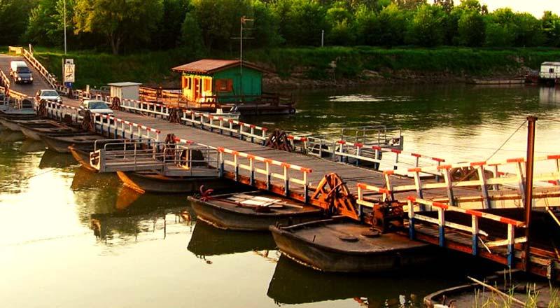 Ponte di barche torre d'oglio